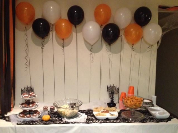 Ideas para organizar una fiesta de halloween danielly lara for Decoracion mesa halloween